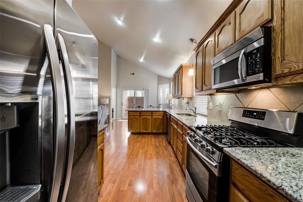 3720 Grantsville Drive, Fort Worth, Texas 76244 - acquisto real estate best prosper realtor susan cancemi windfarms realtor