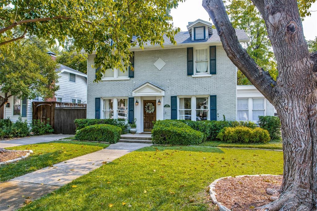 5338 Vanderbilt Avenue, Dallas, Texas 75206 - acquisto real estate best negotiating realtor linda miller declutter realtor