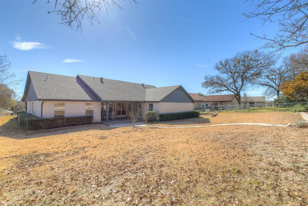 6510 Circo Drive, Granbury, Texas 76049 - acquisto real estate agent of the year mike shepherd