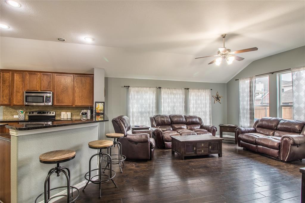 323 Highland Ridge Drive, Wylie, Texas 75098 - acquisto real estate best celina realtor logan lawrence best dressed realtor