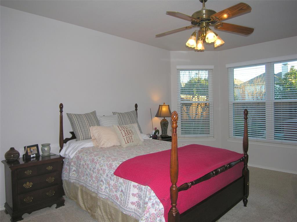 1608 Bur Oak Drive, Allen, Texas 75002 - acquisto real estate best real estate company in frisco texas real estate showings