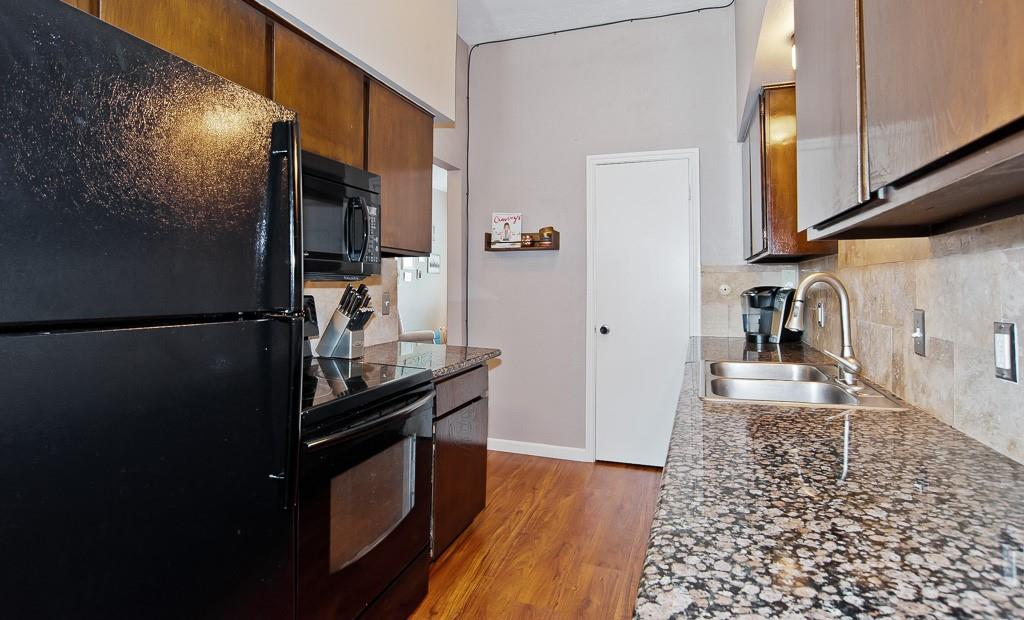 5105 Skillman  Street, Dallas, Texas 75206 - acquisto real estate best luxury buyers agent in texas shana acquisto inheritance realtor
