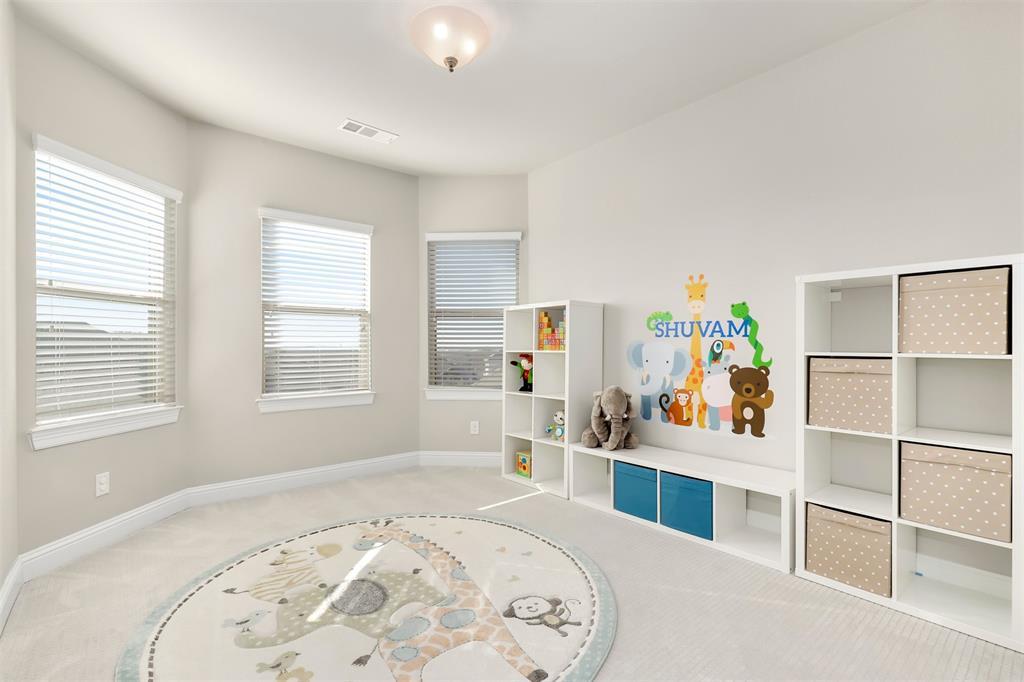 300 Ridgewood Drive, Lewisville, Texas 75067 - acquisto real estate best negotiating realtor linda miller declutter realtor