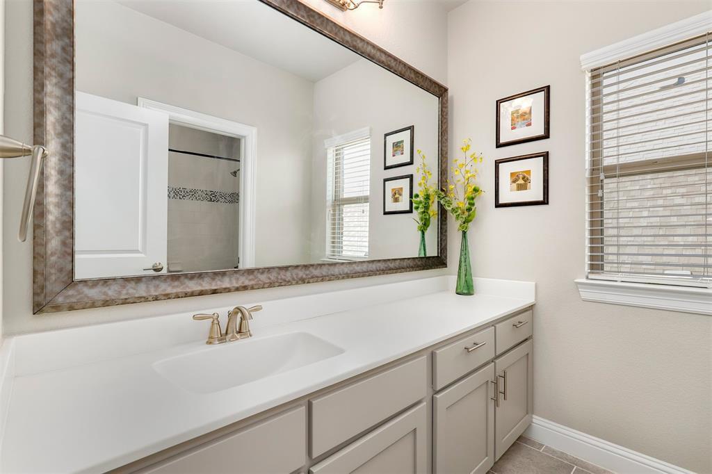 300 Ridgewood Drive, Lewisville, Texas 75067 - acquisto real estate best park cities realtor kim miller best staging agent