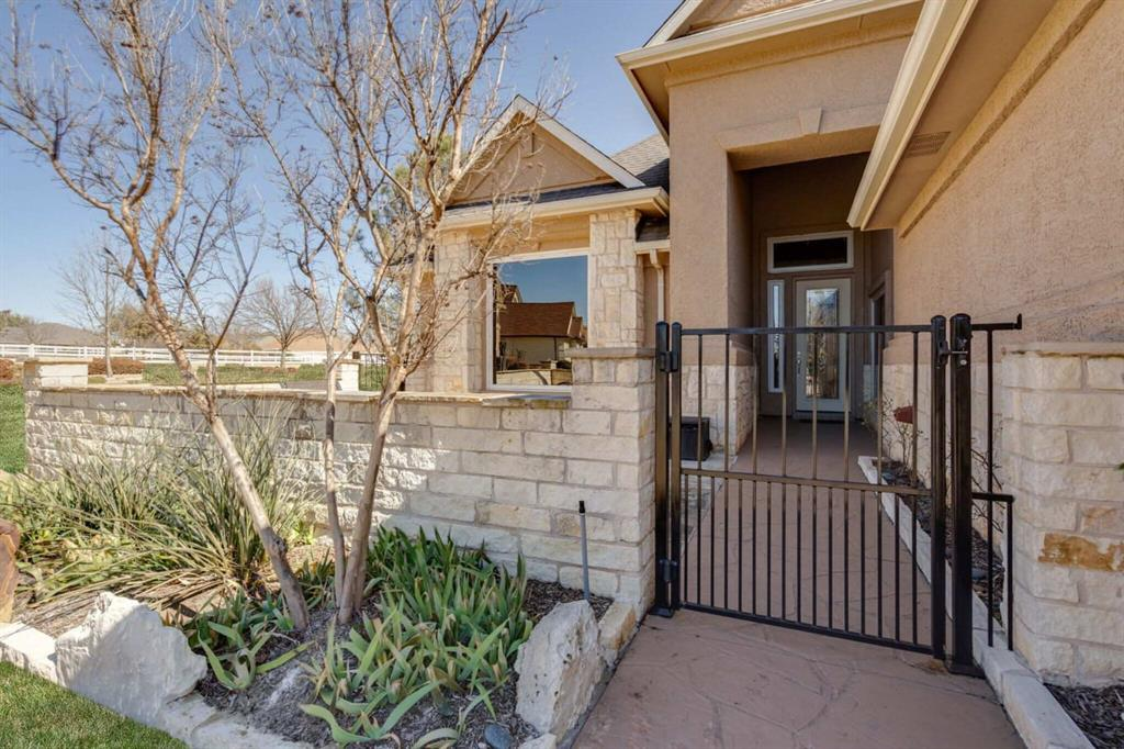 10901 Sandstone  Drive, Denton, Texas 76207 - acquisto real estate best the colony realtor linda miller the bridges real estate