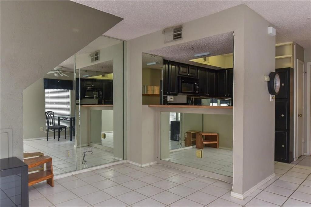 1712 Baird Farm  Circle, Arlington, Texas 76006 - acquisto real estate best highland park realtor amy gasperini fast real estate service