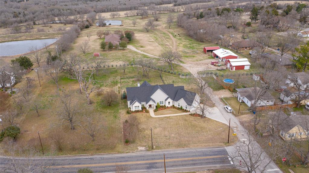 302 Pyle Street, Kaufman, Texas 75142 - acquisto real estate agent of the year mike shepherd
