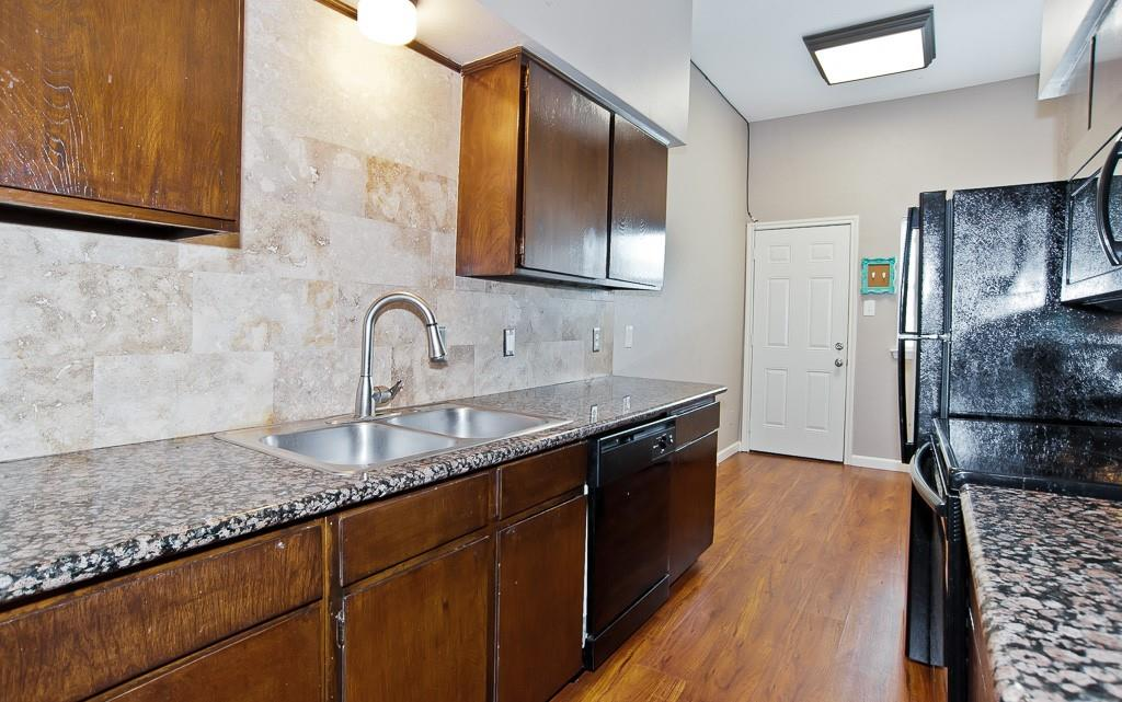 5105 Skillman  Street, Dallas, Texas 75206 - acquisto real estate best listing agent in the nation shana acquisto estate realtor
