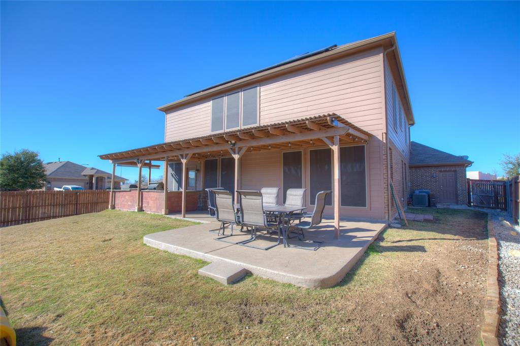 1325 Woodbine Cliff Drive, Fort Worth, Texas 76179 - acquisto real estate mvp award real estate logan lawrence