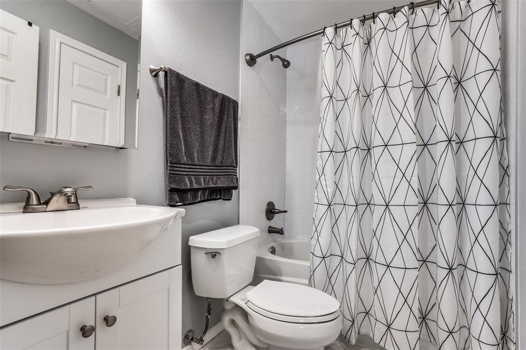4104 Hall  Street, Dallas, Texas 75219 - acquisto real estate best highland park realtor amy gasperini fast real estate service