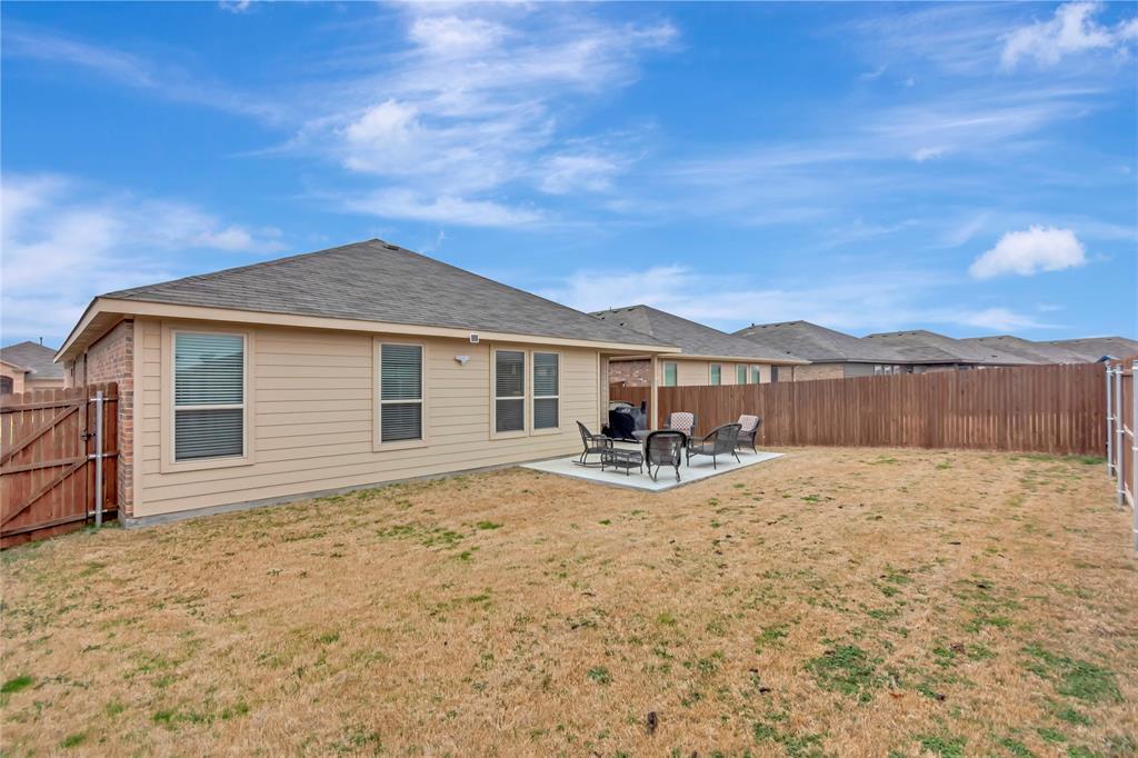 10112 Burtrum Drive, Fort Worth, Texas 76177 - acquisto real estate mvp award real estate logan lawrence