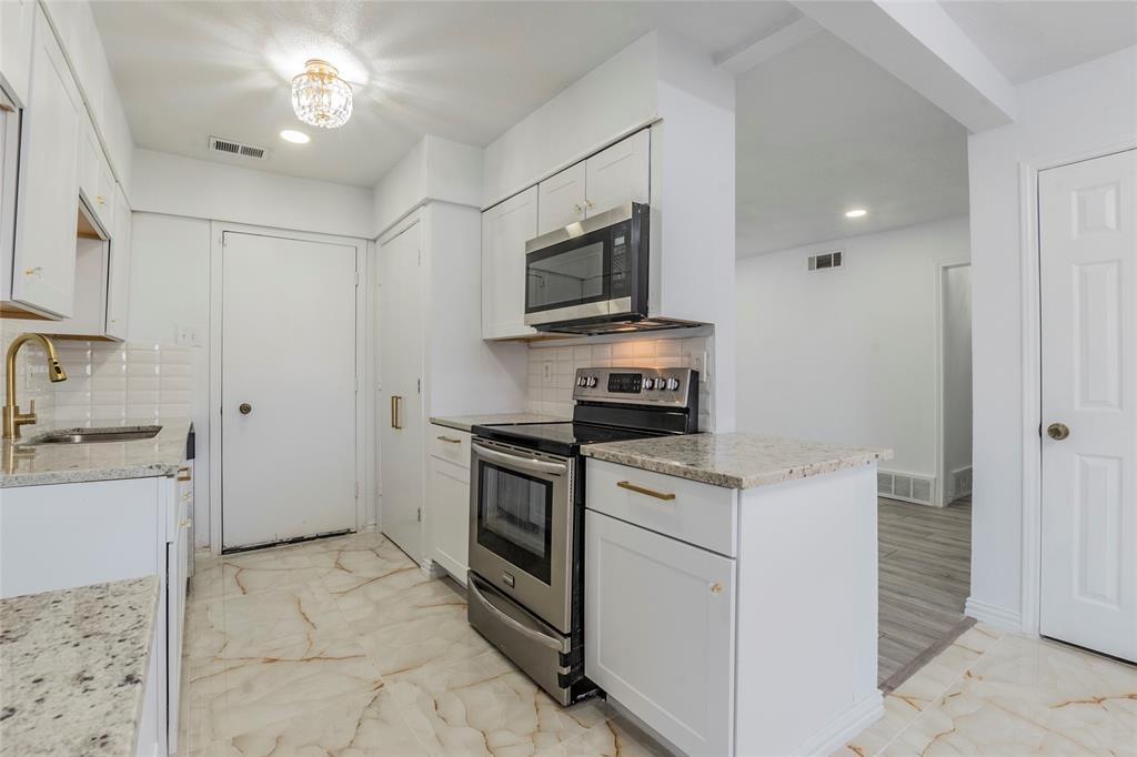 3025 Steven Street, Irving, Texas 75062 - acquisto real estate best real estate company to work for