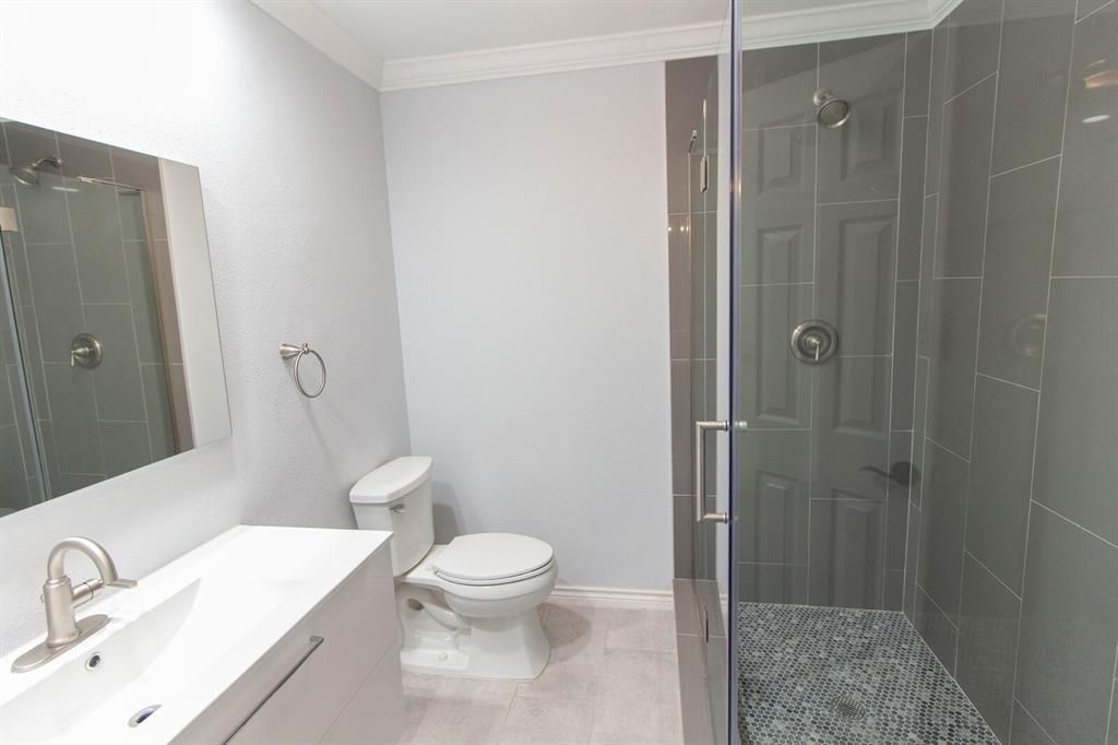 4156 Echo Glen  Drive, Dallas, Texas 75244 - acquisto real estate best frisco real estate agent amy gasperini panther creek realtor