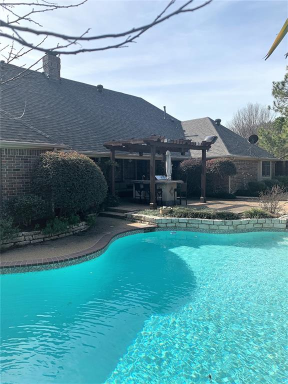 2400 Spruce Court, Colleyville, Texas 76034 - acquisto real estate best plano real estate agent mike shepherd