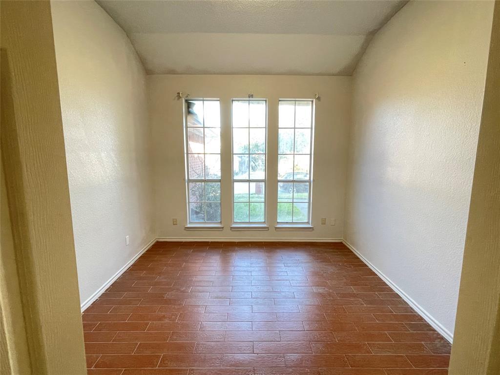 3614 Sunnypark Drive, Arlington, Texas 76014 - acquisto real estate best new home sales realtor linda miller executor real estate