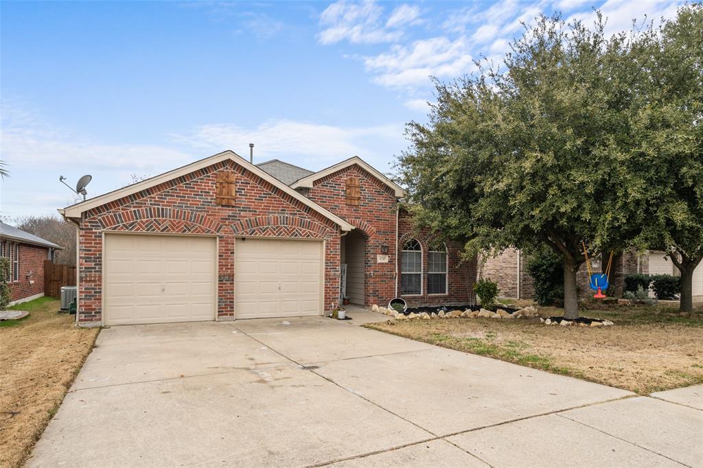 2737 Laurel Oak Drive, McKinney, Texas 75071 - Acquisto Real Estate best plano realtor mike Shepherd home owners association expert