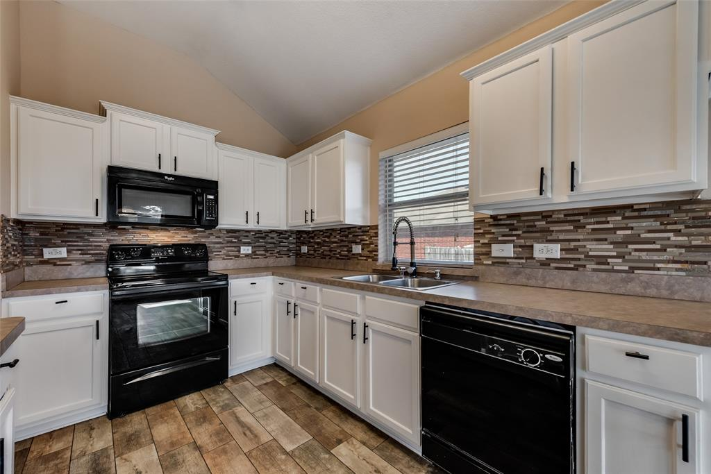127 Hazelnut Trail, Forney, Texas 75126 - acquisto real estate best real estate company to work for