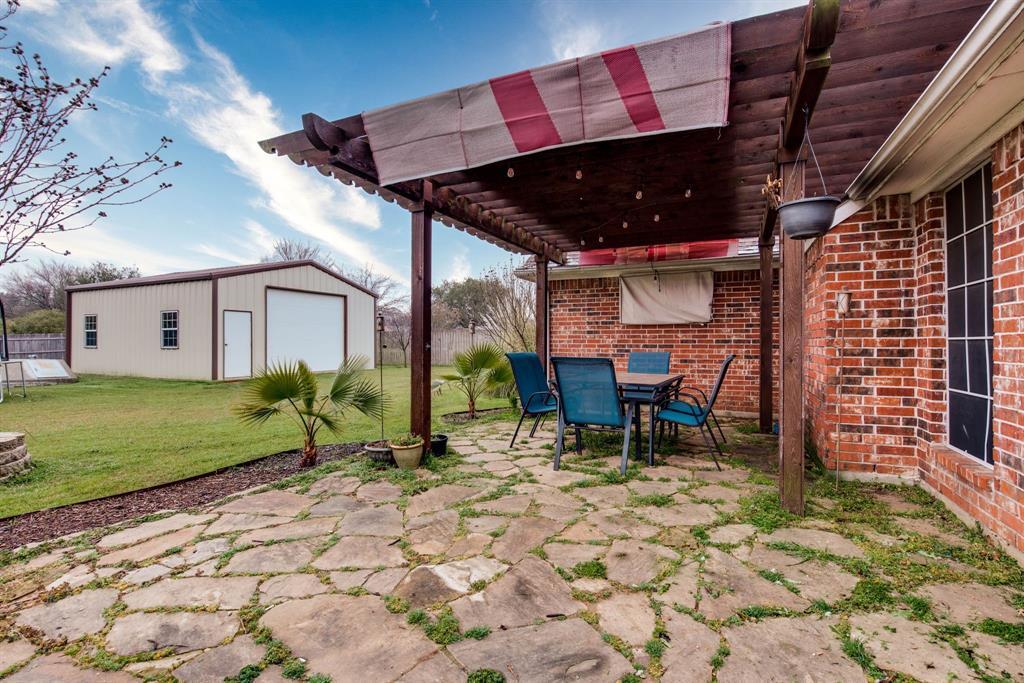 305 Blackmon Trail, Bells, Texas 75414 - acquisto real estate best realtor foreclosure real estate mike shepeherd walnut grove realtor