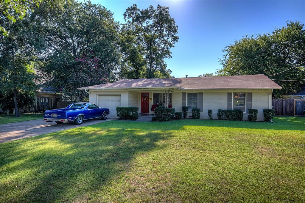 512 Davis Street, Sulphur Springs, Texas 75482 - Acquisto Real Estate best plano realtor mike Shepherd home owners association expert