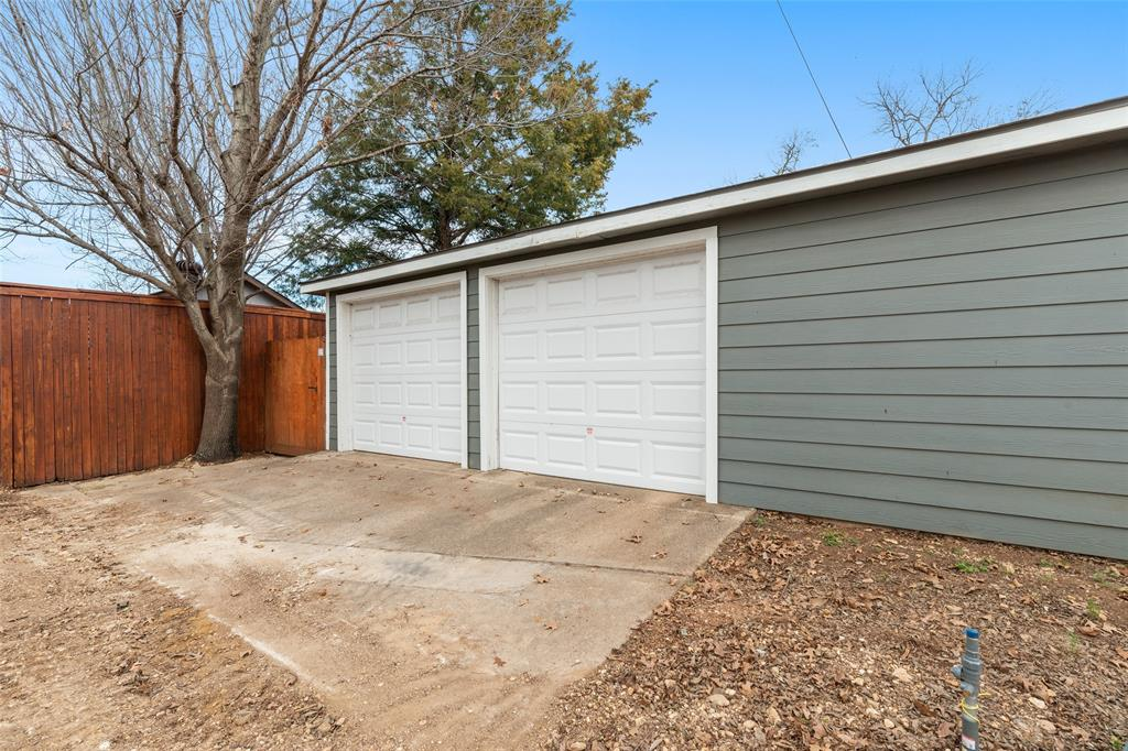 5033 Lovell Avenue, Fort Worth, Texas 76107 - acquisto real estate best photo company frisco 3d listings