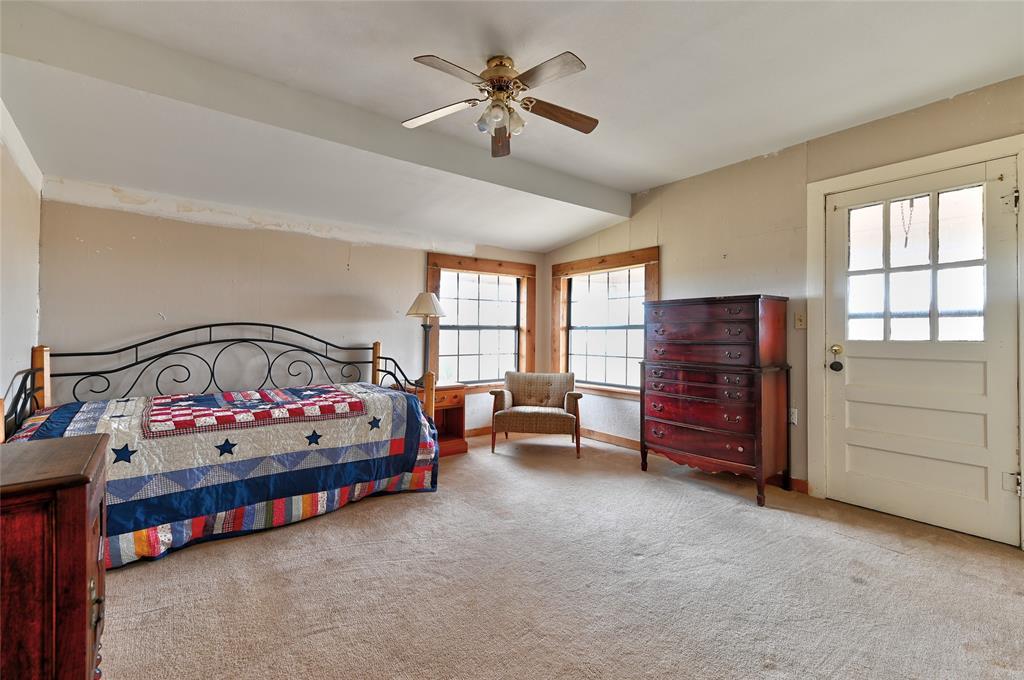 19415 Farm Road 137 Roxton, Texas 75477 - acquisto real estate best luxury buyers agent in texas shana acquisto inheritance realtor