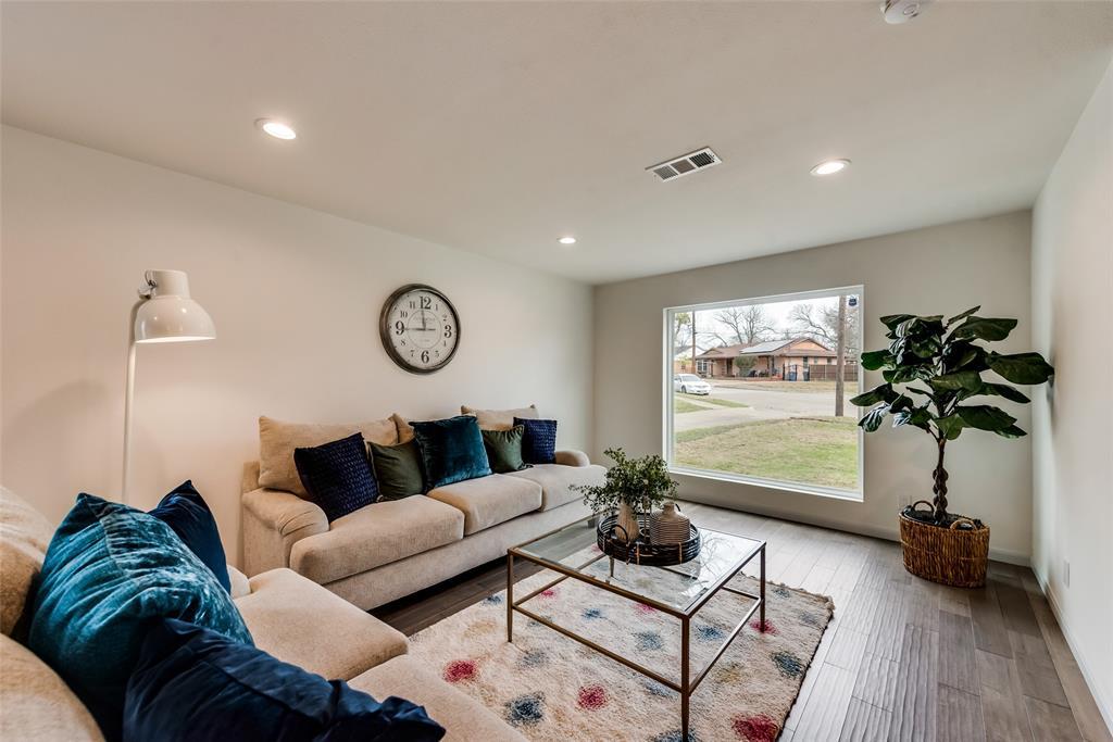 9907 Lingo Lane, Dallas, Texas 75228 - acquisto real estate best the colony realtor linda miller the bridges real estate