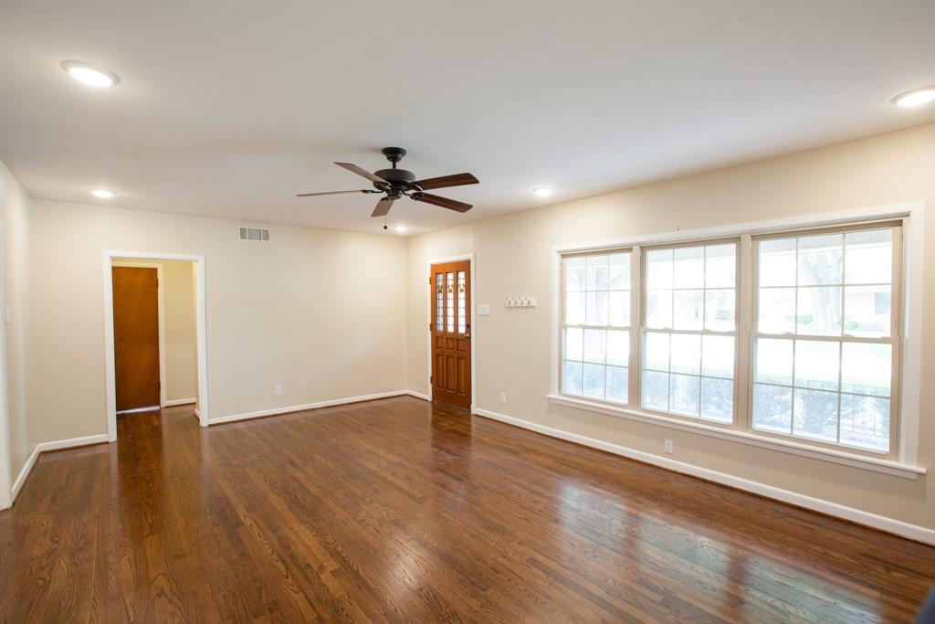811 19th Street, Plano, Texas 75074 - acquisto real estate best highland park realtor amy gasperini fast real estate service