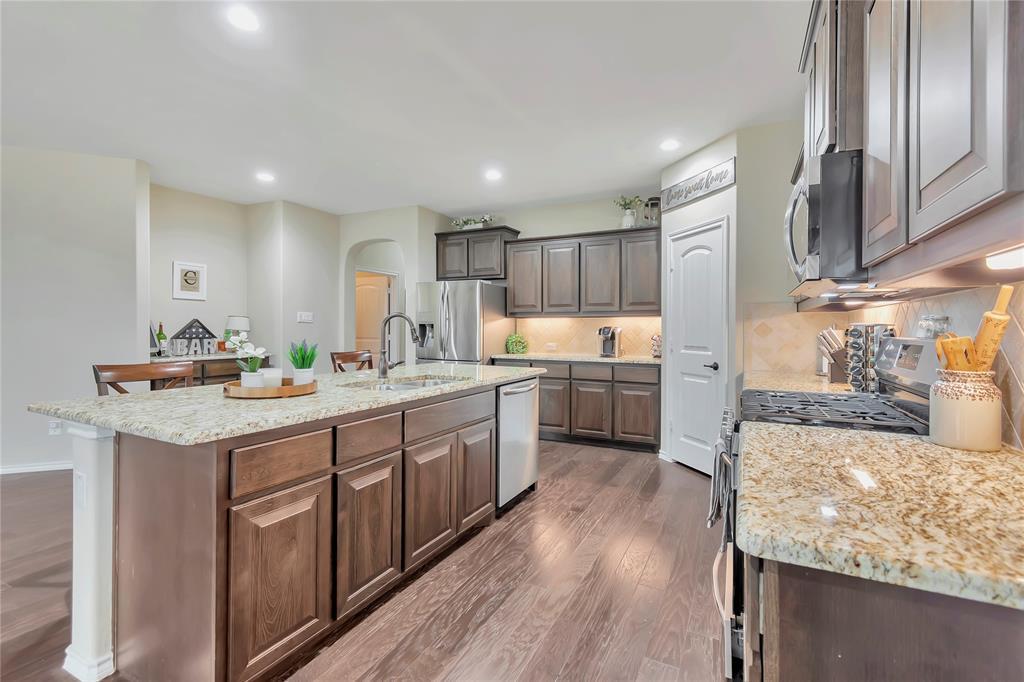 10112 Burtrum Drive, Fort Worth, Texas 76177 - acquisto real estate best luxury buyers agent in texas shana acquisto inheritance realtor