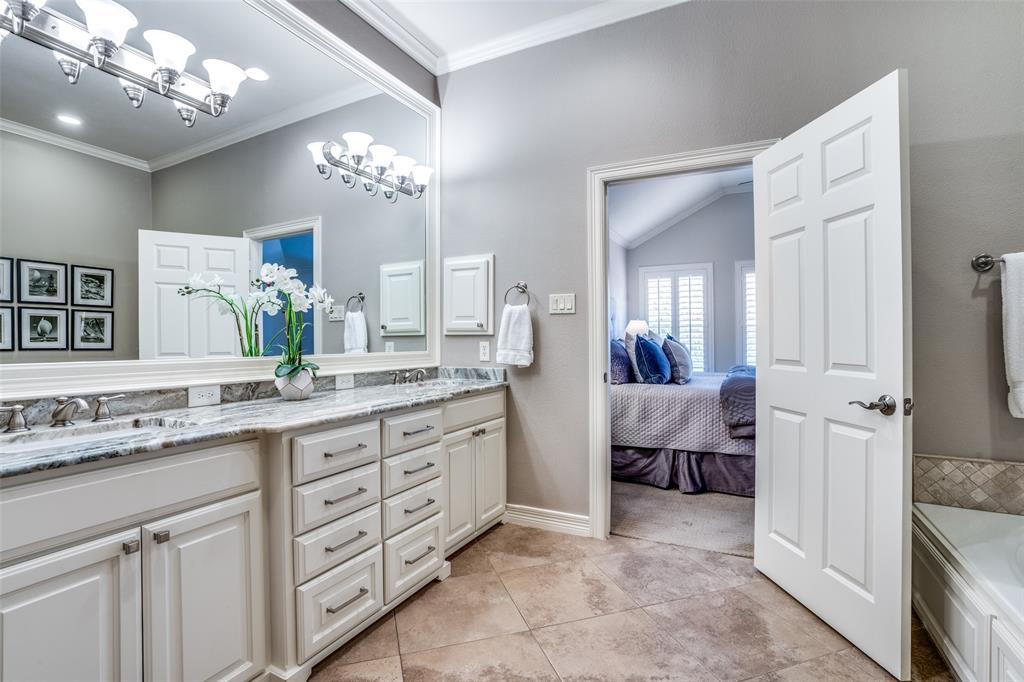 4308 Holland Avenue, Dallas, Texas 75219 - acquisto real estate best new home sales realtor linda miller executor real estate