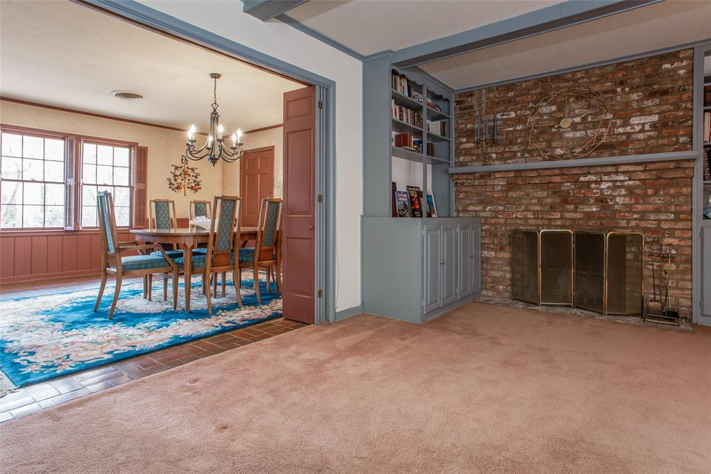 2700 Hartwood Drive, Fort Worth, Texas 76109 - acquisto real estate best photos for luxury listings amy gasperini quick sale real estate