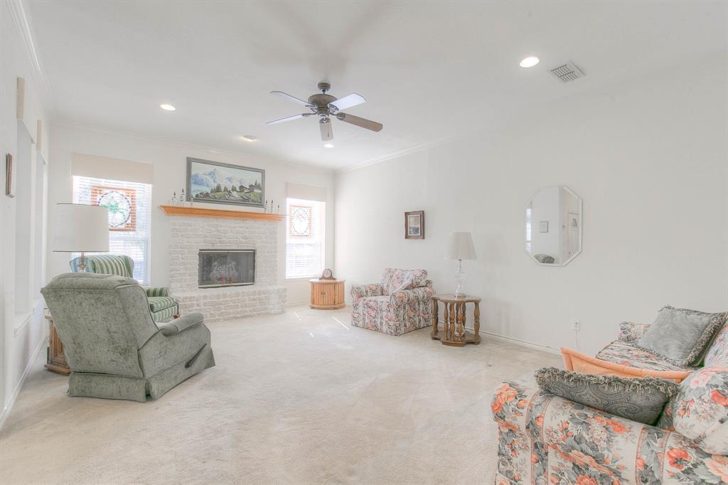 6510 Circo Drive, Granbury, Texas 76049 - acquisto real estate best prosper realtor susan cancemi windfarms realtor