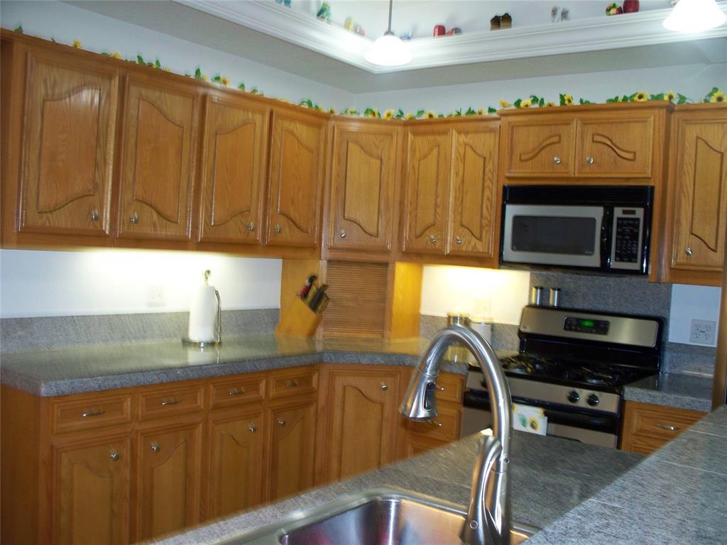 503 Washington  Street, Farmersville, Texas 75442 - acquisto real estate best new home sales realtor linda miller executor real estate