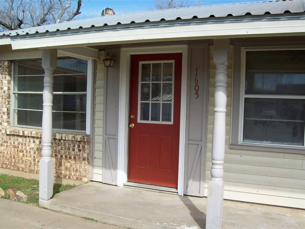 1605 Park Road, Mineral Wells, Texas 76067 - acquisto real estate best the colony realtor linda miller the bridges real estate