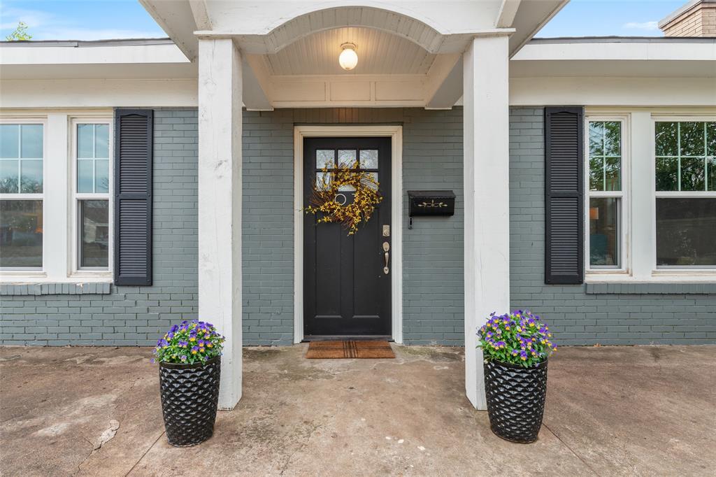 5033 Lovell Avenue, Fort Worth, Texas 76107 - acquisto real estate best allen realtor kim miller hunters creek expert