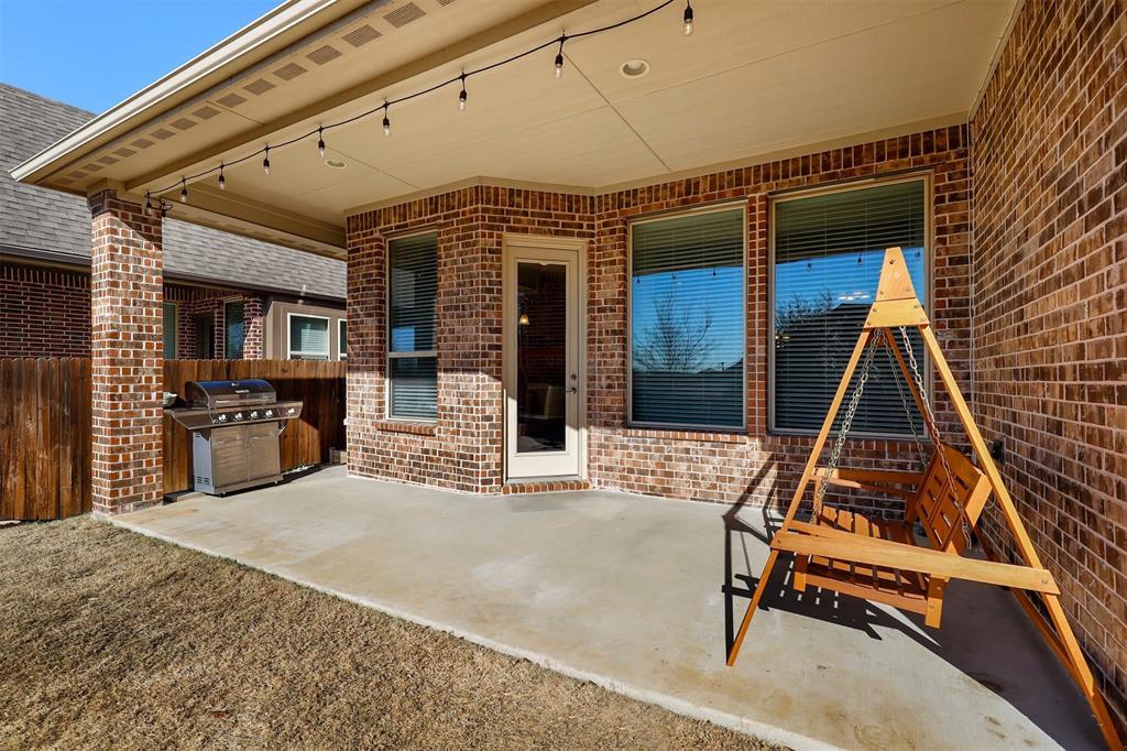 300 Ridgewood Drive, Lewisville, Texas 75067 - acquisto real estate smartest realtor in america shana acquisto