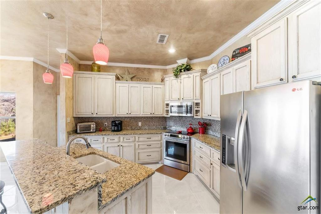 395 Private Road 2367  Mount Pleasant, Texas 75455 - acquisto real estate best designer and realtor hannah ewing kind realtor