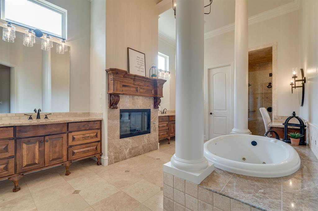 420 Chapel Downs Drive, Southlake, Texas 76092 - acquisto real estate best designer and realtor hannah ewing kind realtor
