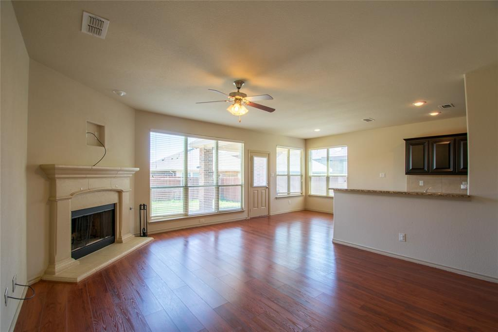 2929 Maple Creek Drive, Fort Worth, Texas 76177 - acquisto real estate best highland park realtor amy gasperini fast real estate service