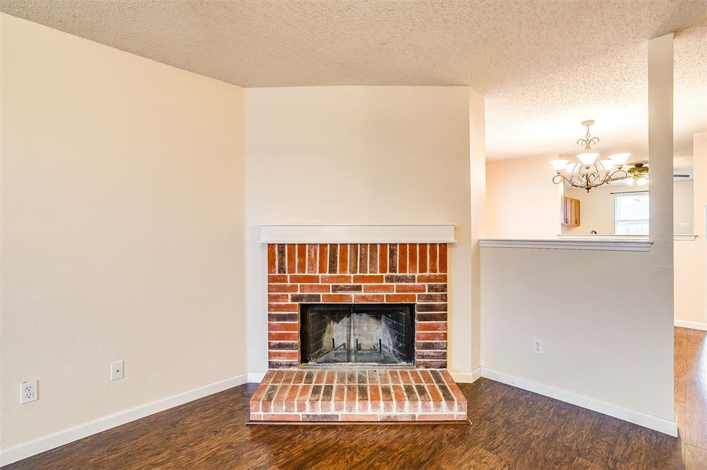 3848 Irish Setter Drive, Fort Worth, Texas 76123 - acquisto real estate best real estate company to work for