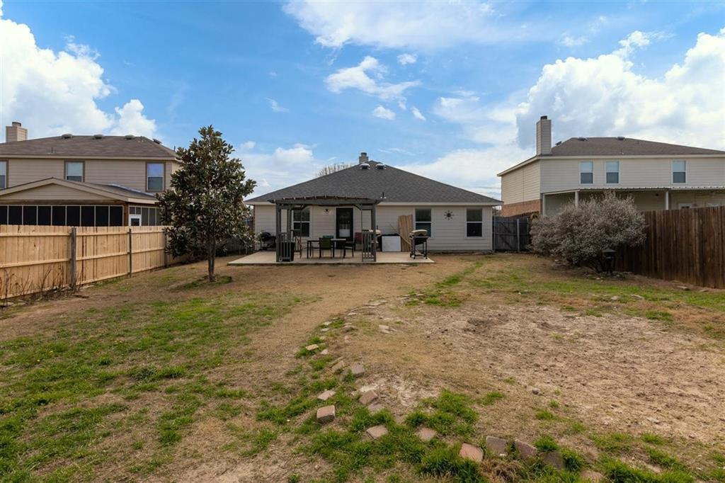 4860 Parkview Hills Lane, Fort Worth, Texas 76179 - acquisto real estate best listing photos hannah ewing mckinney real estate expert