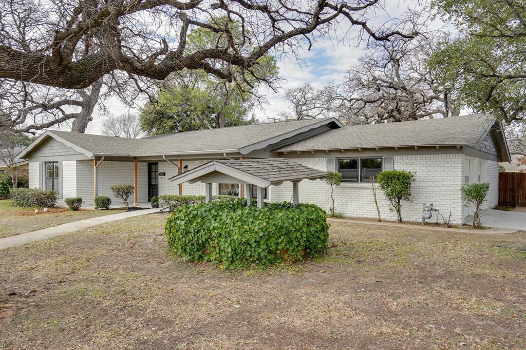 400 Plainview Drive, Hurst, Texas 76054 - acquisto real estate best the colony realtor linda miller the bridges real estate
