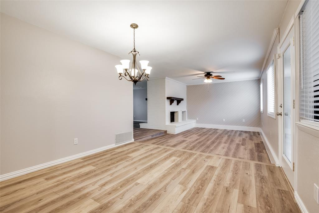 702 Red Wing Drive, Lewisville, Texas 75067 - acquisto real estate best designer and realtor hannah ewing kind realtor