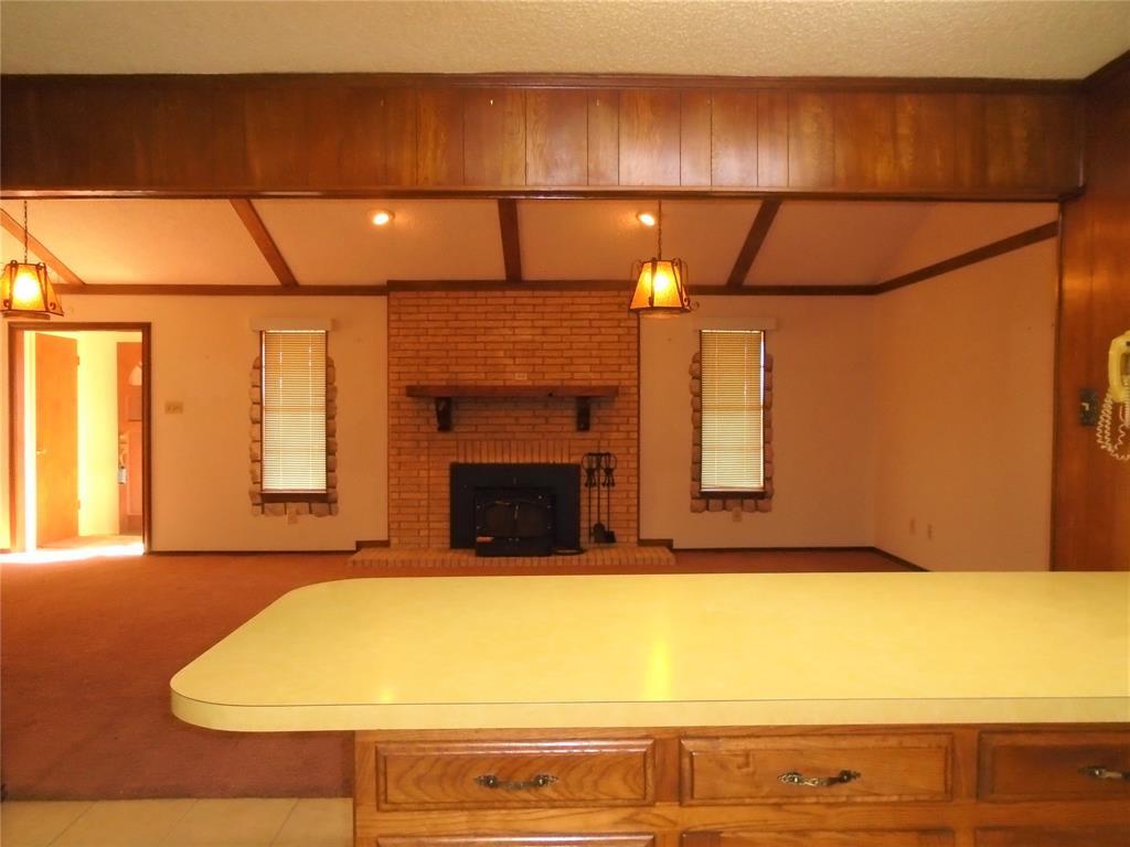 112 Ricky Lane, Burleson, Texas 76028 - acquisto real estate best celina realtor logan lawrence best dressed realtor