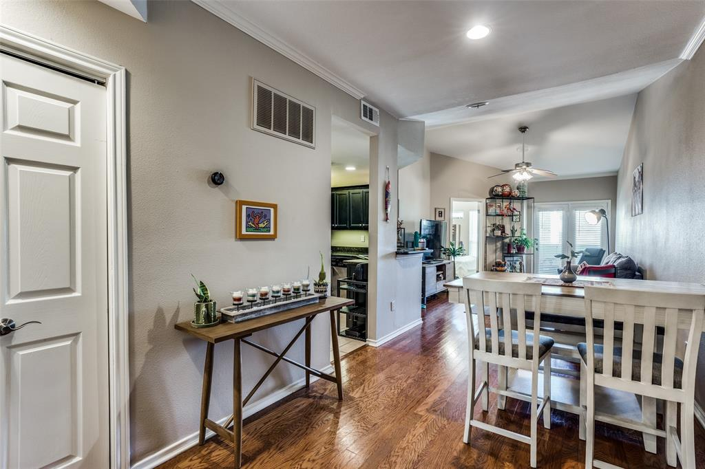 4104 Hall  Street, Dallas, Texas 75219 - acquisto real estate best prosper realtor susan cancemi windfarms realtor