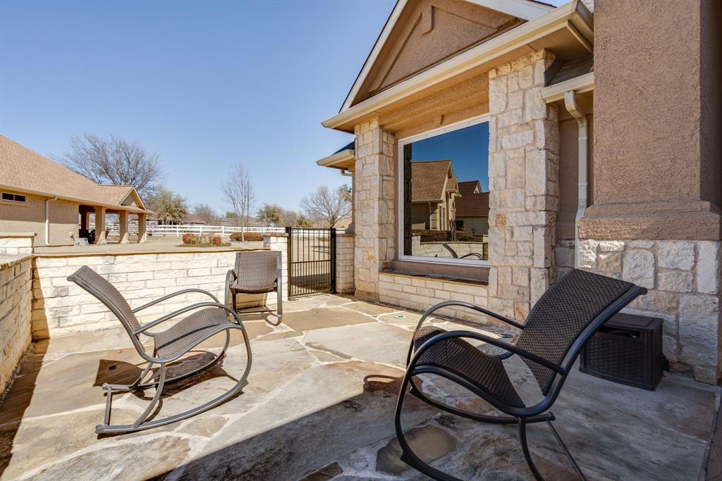 10901 Sandstone  Drive, Denton, Texas 76207 - acquisto real estate best prosper realtor susan cancemi windfarms realtor