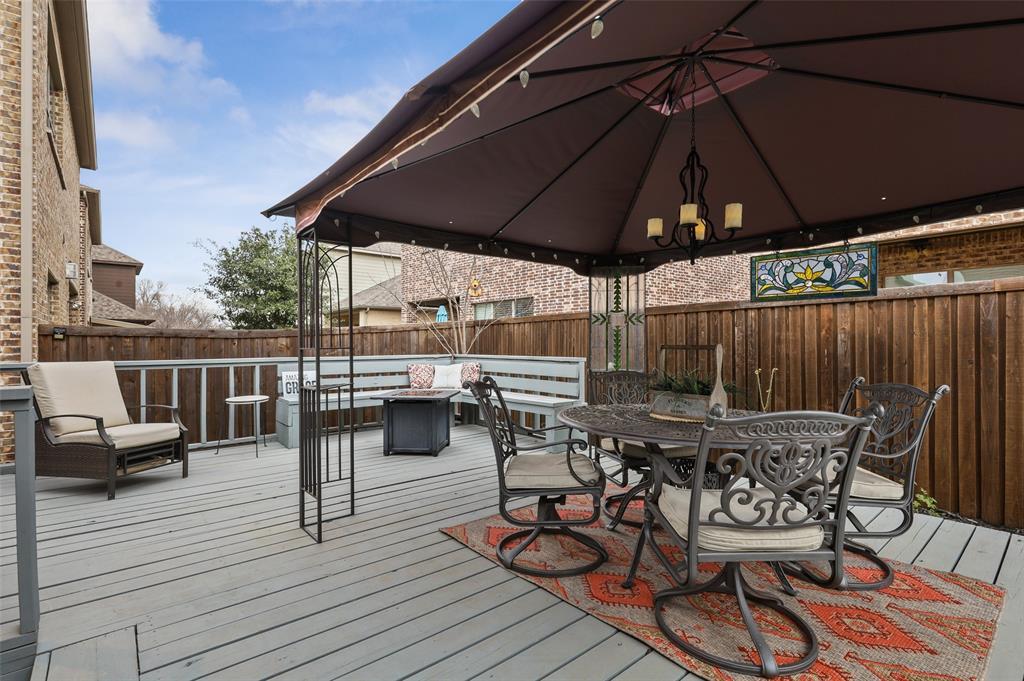 3920 Brookridge Court, Bedford, Texas 76021 - acquisto real estate best looking realtor in america shana acquisto