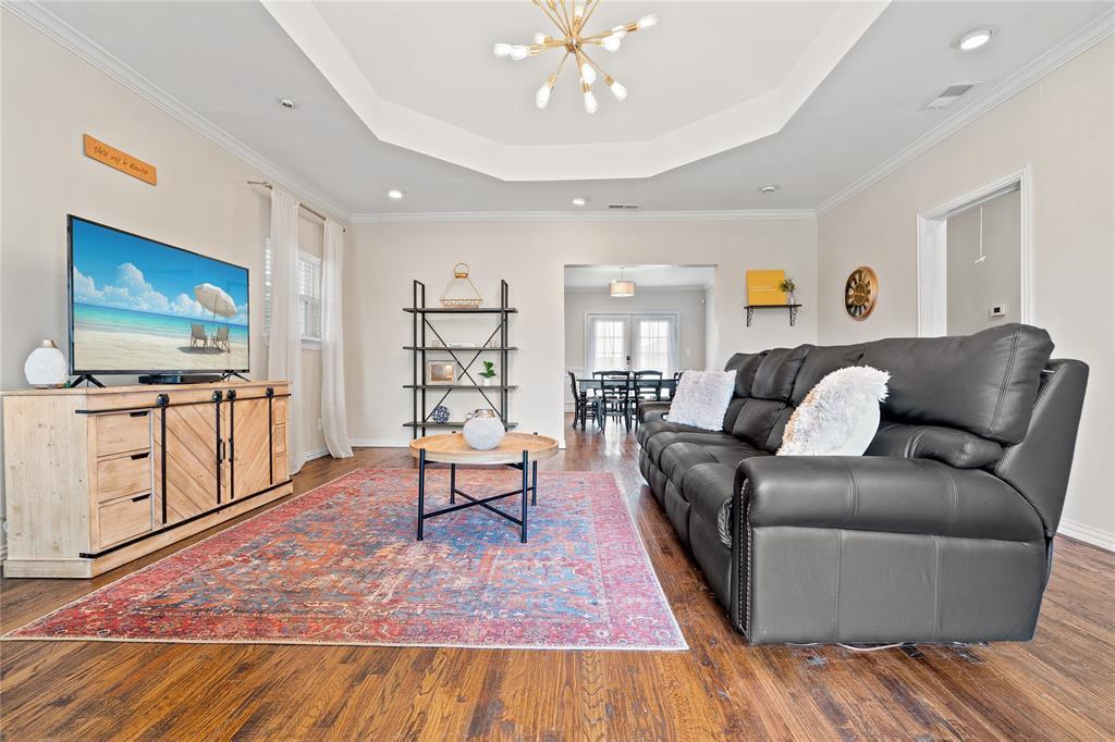 5503 Miller Avenue, Dallas, Texas 75206 - acquisto real estate best the colony realtor linda miller the bridges real estate