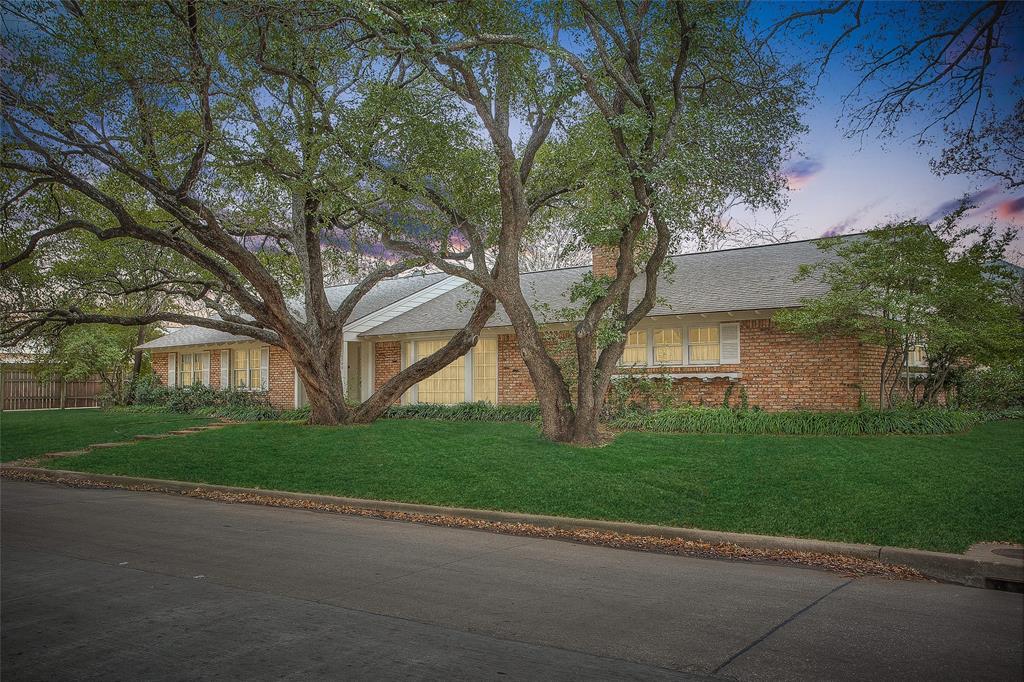 2700 Hartwood Drive, Fort Worth, Texas 76109 - acquisto real estate best prosper realtor susan cancemi windfarms realtor
