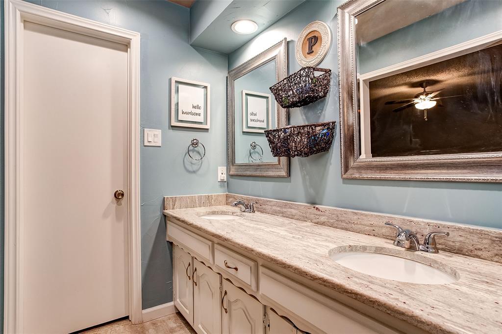 2909 Lake Park Drive Grand Prairie, Texas 75052 - acquisto real estate best designer and realtor hannah ewing kind realtor
