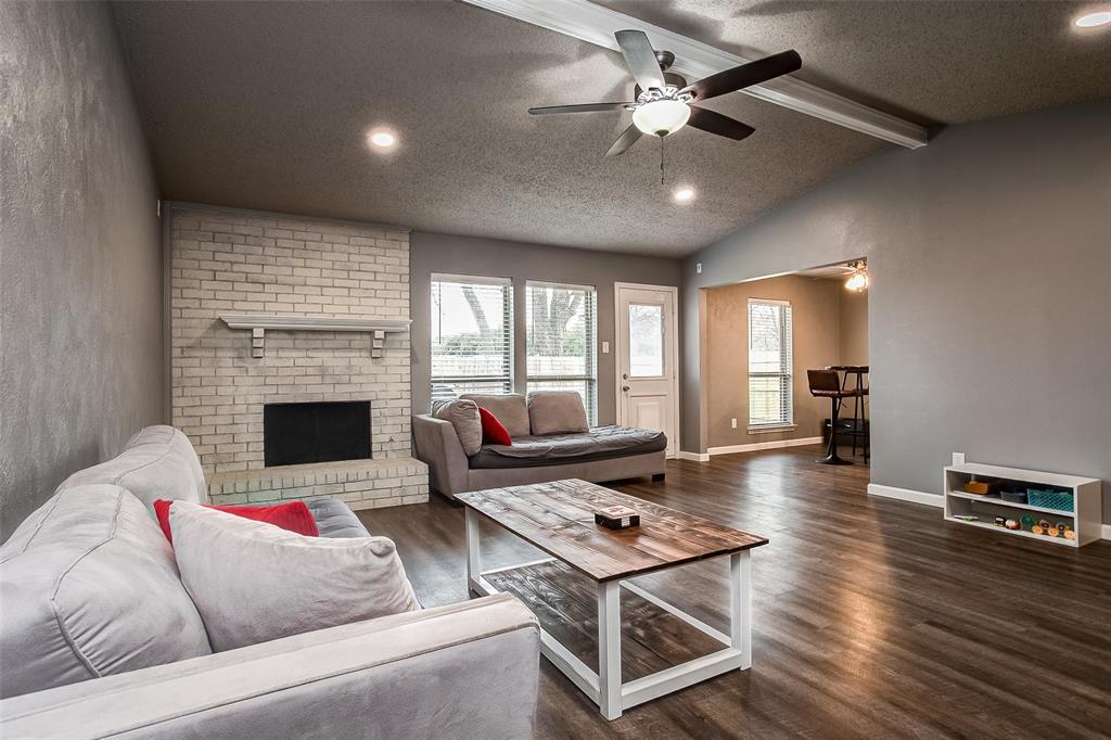 2909 Lake Park Drive Grand Prairie, Texas 75052 - acquisto real estate best prosper realtor susan cancemi windfarms realtor